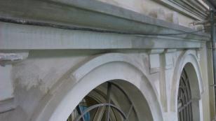 Restauración de elementos decorativos dañados
